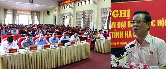 Bí thư Tỉnh ủy Triệu Tài Vinh, Trưởng Đoàn ĐBQH khóa XIV đơn vị tỉnh Hà Giang thông tin kết quả Kỳ họp thứ 7 Quốc hội khóa XIV tới cử tri.