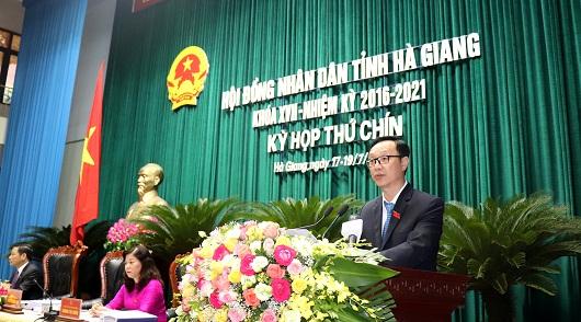Đồng chí Thào Hồng Sơn, Phó Bí thư Thường trực Tỉnh ủy, Chủ tịch HĐND tỉnh phát biểu khai mạc Kỳ họp