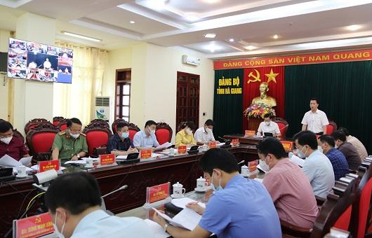 Các đại biểu dự họp tại điểm cầu Tỉnh ủy.